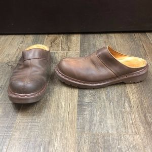 Dr. Martens Brown Closed Toe Slip On Shoes Size 8